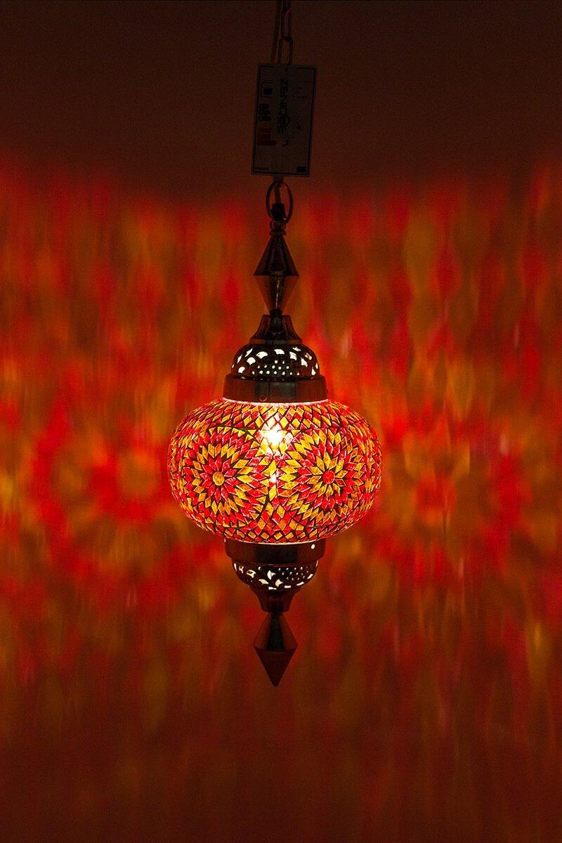 Oosterse lamp Gaya oranje aan