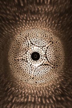 Plafondlamp mozaïek wit aan